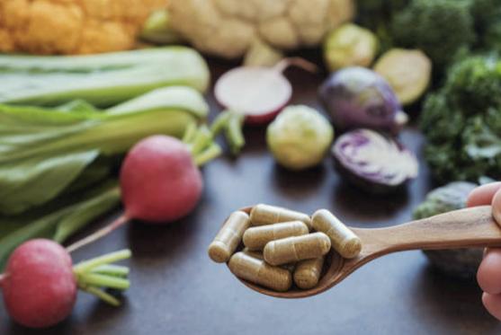 7 motive pentru care ar trebui să iei suplimente nutritive